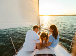 navegar por la costa de alicante